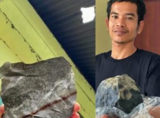 Hombre se vuelve millonario al caerle pequeño meteorito