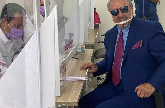 'Quico' se registra como aspirante a candidato a gobernador en Querétaro