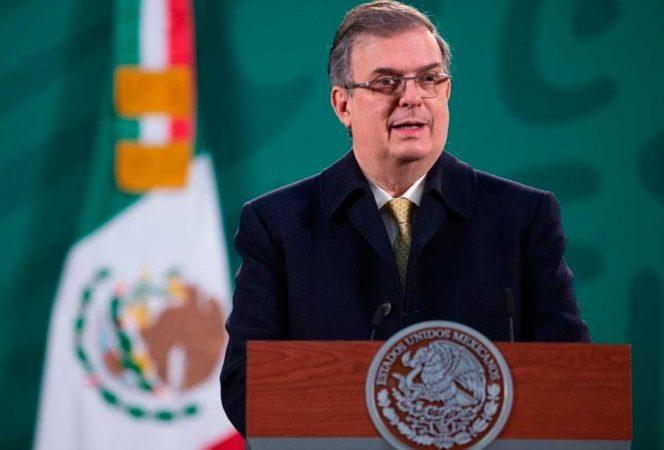 Violaría EU el T-MEC si no vacuna a trabajadores mexicanos