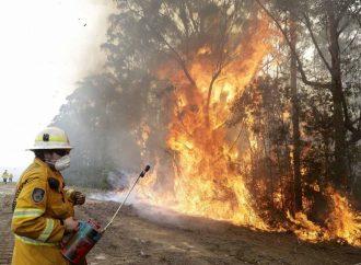 Alerta y evacuaciones en Australia por incendio fuera de control