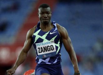 Salto histórico; Zango supera los 18 metros
