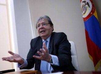 Ministro de Defensa de Colombia, en terapia intensiva por covid-19