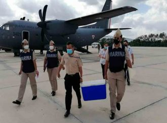 Semar distribuye vacunas contra Covid en Yucatán y Quintana Roo