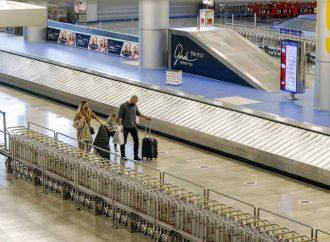 Israel cierra aeropuertos ante variantes de covid-19