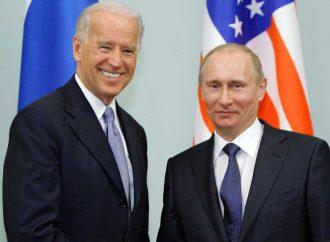 En primer acercamiento, Biden y Putin 'salvan' tratado de armas nucleares