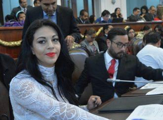 Reconocen Embajadoras de Iztapalapa a asambleísta por aportaciones en beneficio de las mujeres