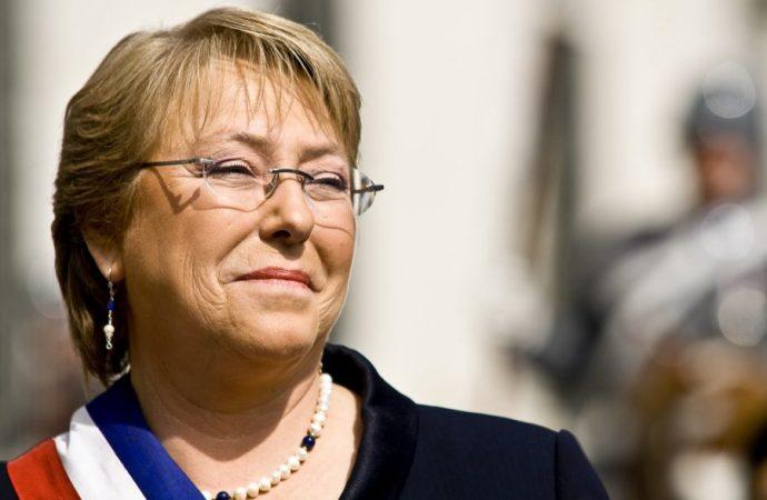 Finaliza Bachelet su administración con 39 por ciento de aprobación