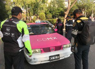 Inicia Semovi operativos para inhibir delitos de taxistas y servicios Uber