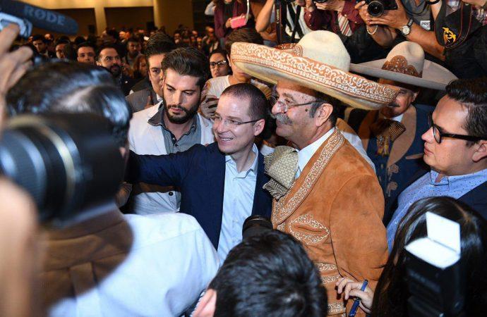 Es ahora o nunca, dice Ricardo Anaya ante líderes de la sociedad civil de Jalisco