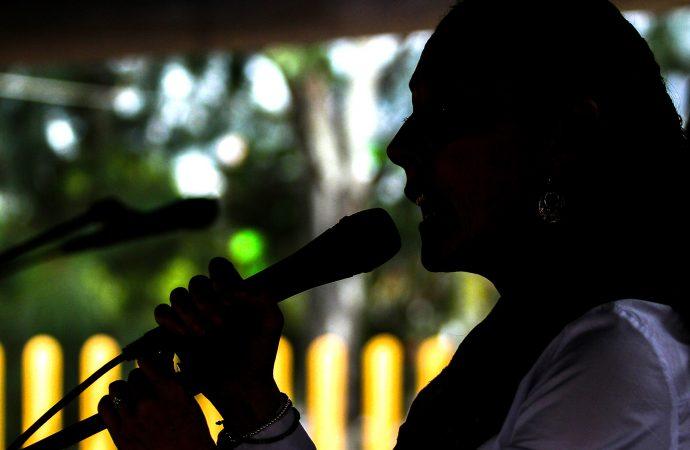 Paridad de género en la política aún enfrenta resistencia y violencia