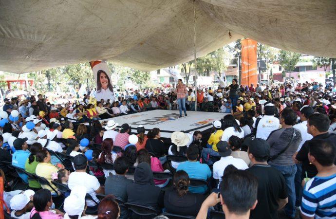 Promete Barrales vida digna en asentamientos de Tláhuac