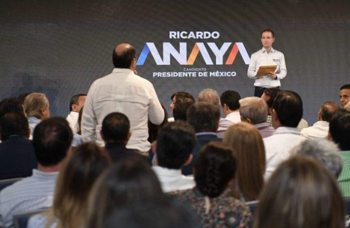 Se reúne Ricardo Anaya con empresarios de Sonora