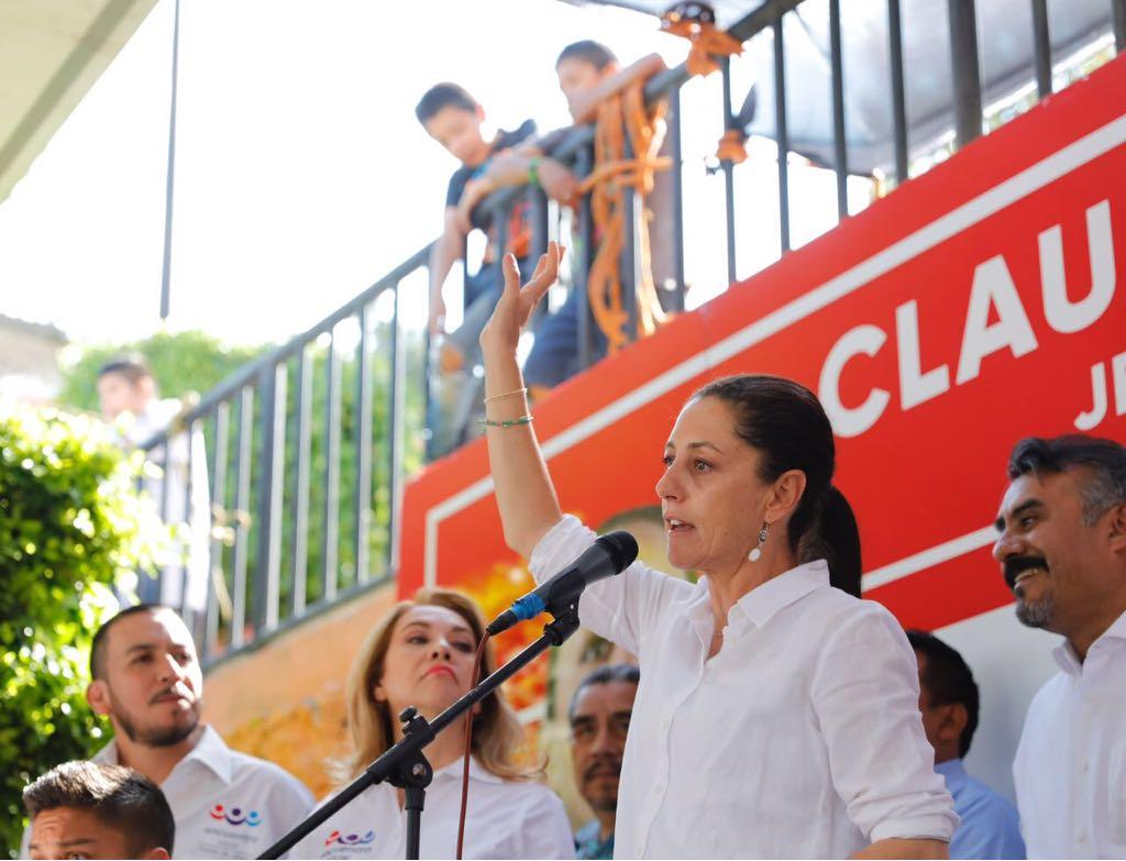 Firma Sheinbaum acuerdo por el derecho a la ciudad con organizaciones sociales