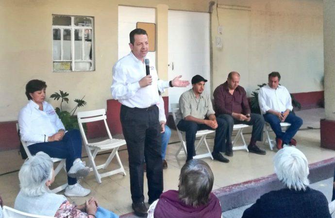 Fadlala Akabani ofrece reorganizar servicio de limpia en Benito Juárez
