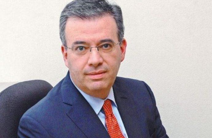 Aclara Gobernador de Banxico retiro de capital de inversionistas mexicanos
