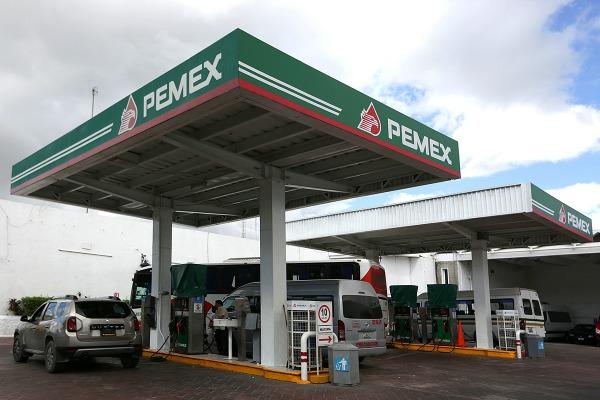Si el gobierno federal quisiera podría bajar los precios de las gasolinas: PAN