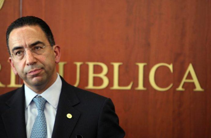 Javier Lozano no tiene autoridad moral para hablar de transparencia: Luis Humberto Fernández