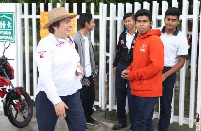 Laura Beristain: apoyo total a los jóvenes para que alcancen sus metas