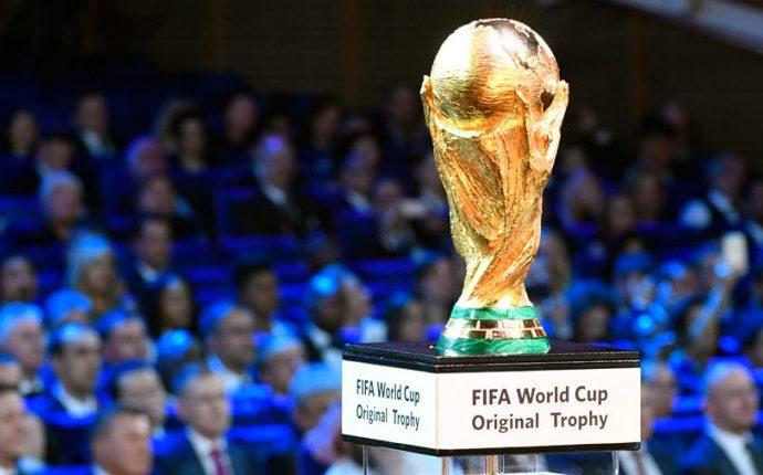Los mundiales de fútbol, un escaparate para los países sede