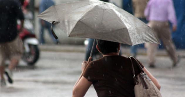 Martes nublado y con lluvias vespertinas en CDMX