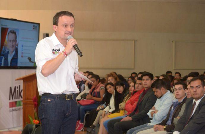 Mikel se reúne con más de 200 estudiantes de la Facultad de Derecho de la Barra Nacional de Abogados