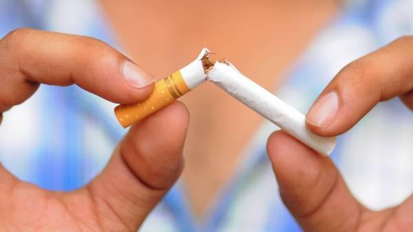 Lugares cerrados que permitan fumar serán denunciados en tiempo real