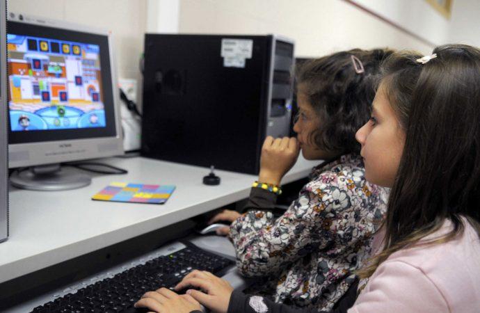 Plantea diputada Leyva García sancionar a padres o tutores que no vigilen el uso responsable del Internet