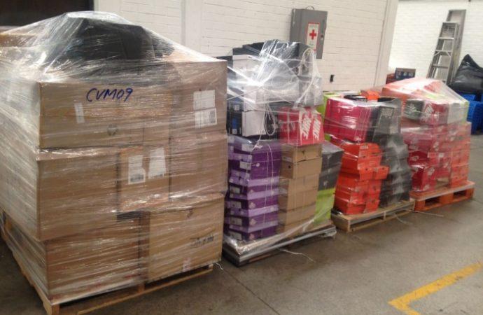 Aseguran mil piezas de mercancía ilegal