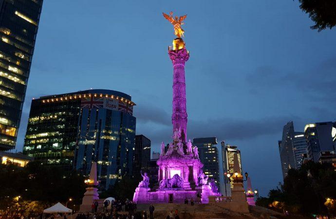 IECM ilumina de morado monumentos de Paseo de la Reforma, para convocar al voto