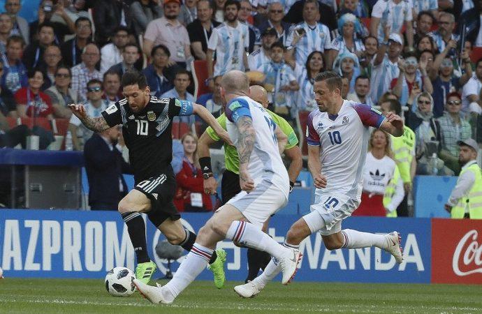 ¡Messi falla penal y Argentina empata con Islandia!
