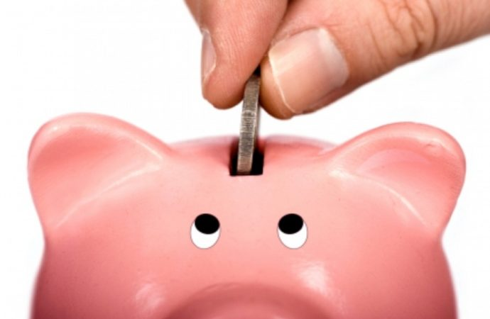 Recuperar modelo solidario de ahorro y de pensiones; el vigente merma prestaciones y aumenta desigualdad: Damián González