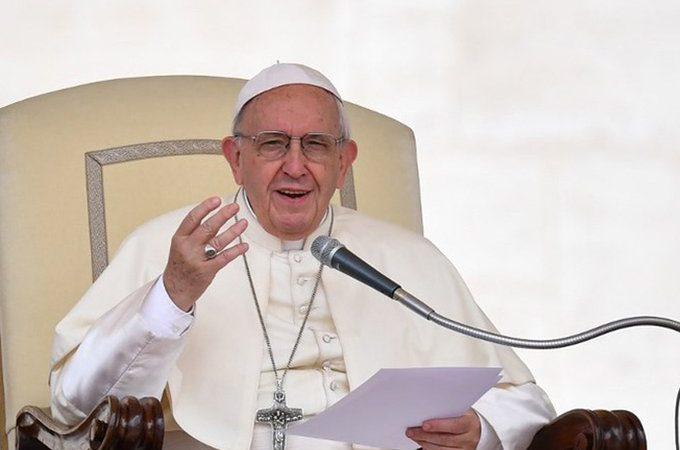 El Papa desea que el Mundial favorezca la solidaridad y la paz