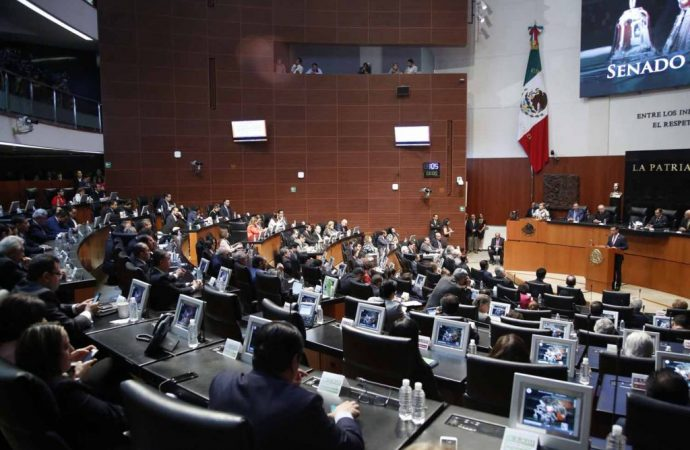 Piden senadores del PAN al INE y Fepade investigar entrega de recursos a cambio de credenciales de elector en sede del PRI