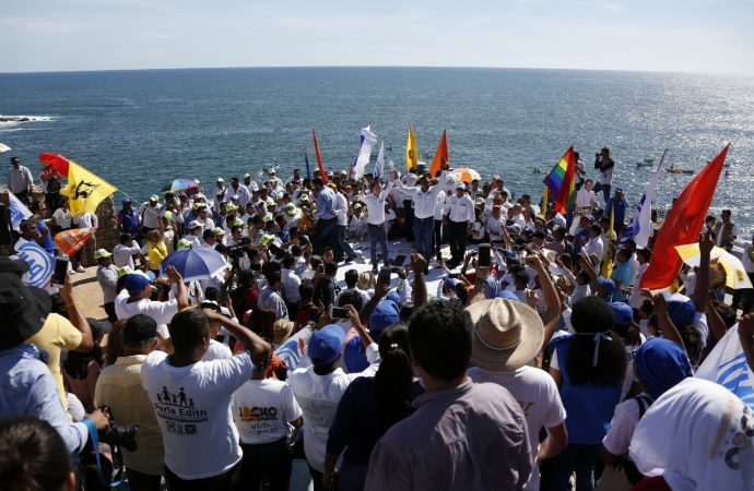 Recuperar la paz, IBU, impulso al turismo e infraestructura carretera, principales compromisos de Ricardo Anaya en Guerrero