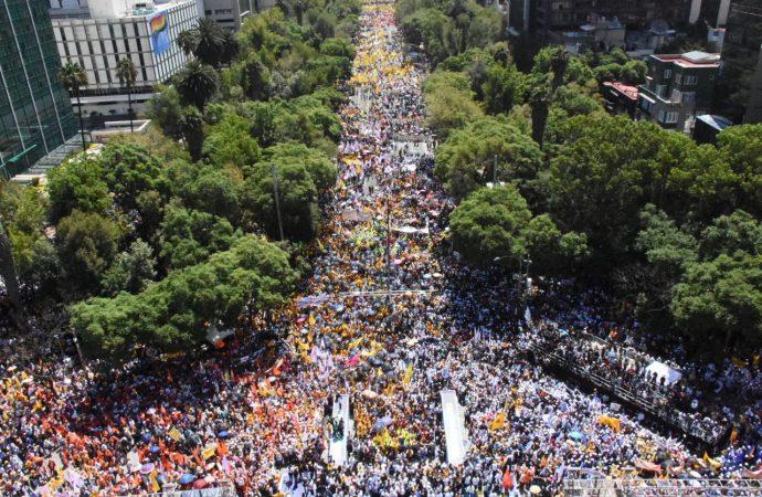 Cierra Barrales campaña ante más de 180 mil capitalinos