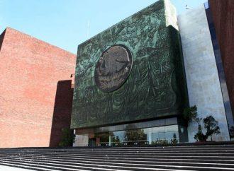 No sólo hay que sentir y vivir la Constitución Política, sino respetarla: Romo García