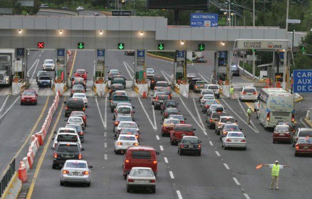 Ante quejas de usuarios por demoras en autopistas, SCT debe publicar estado de obras carreteras