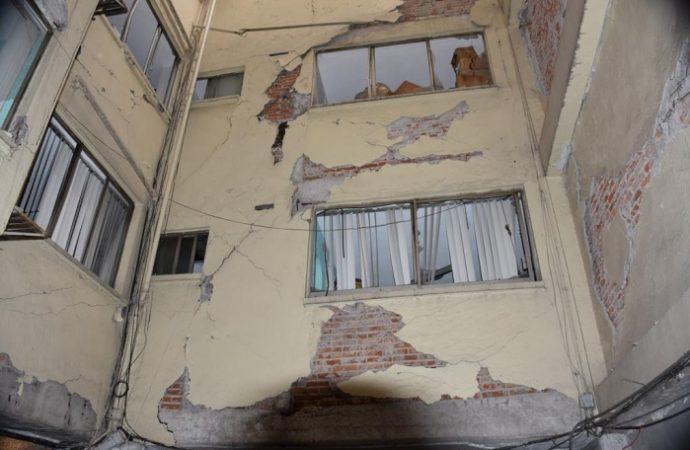 Inicia demolición de inmueble ubicado en Roma Norte