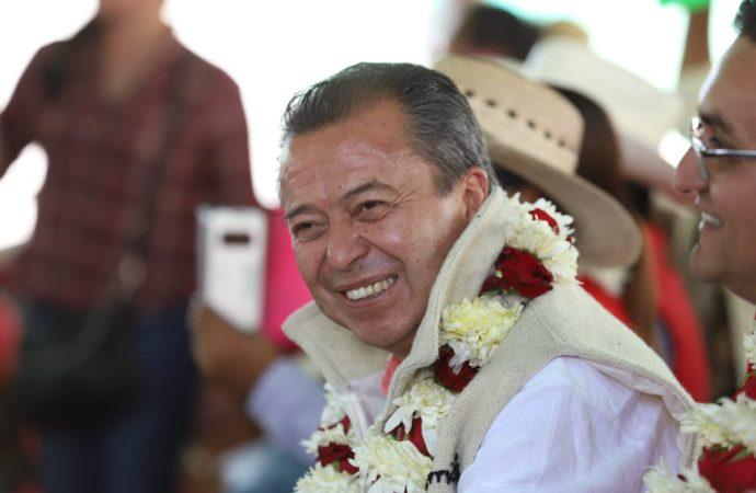 Legislará Camacho por una mejor política en el campo mexicano