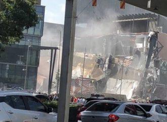 Se registra derrumbe en centro comercial ubicado en Periférico Sur