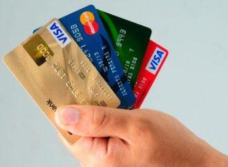 Poner límite a tarjeta de créditos adicionales permite finanzas sanas