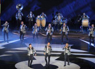 Entrega de las Lunas del Auditorio ofrecen una velada espectacular