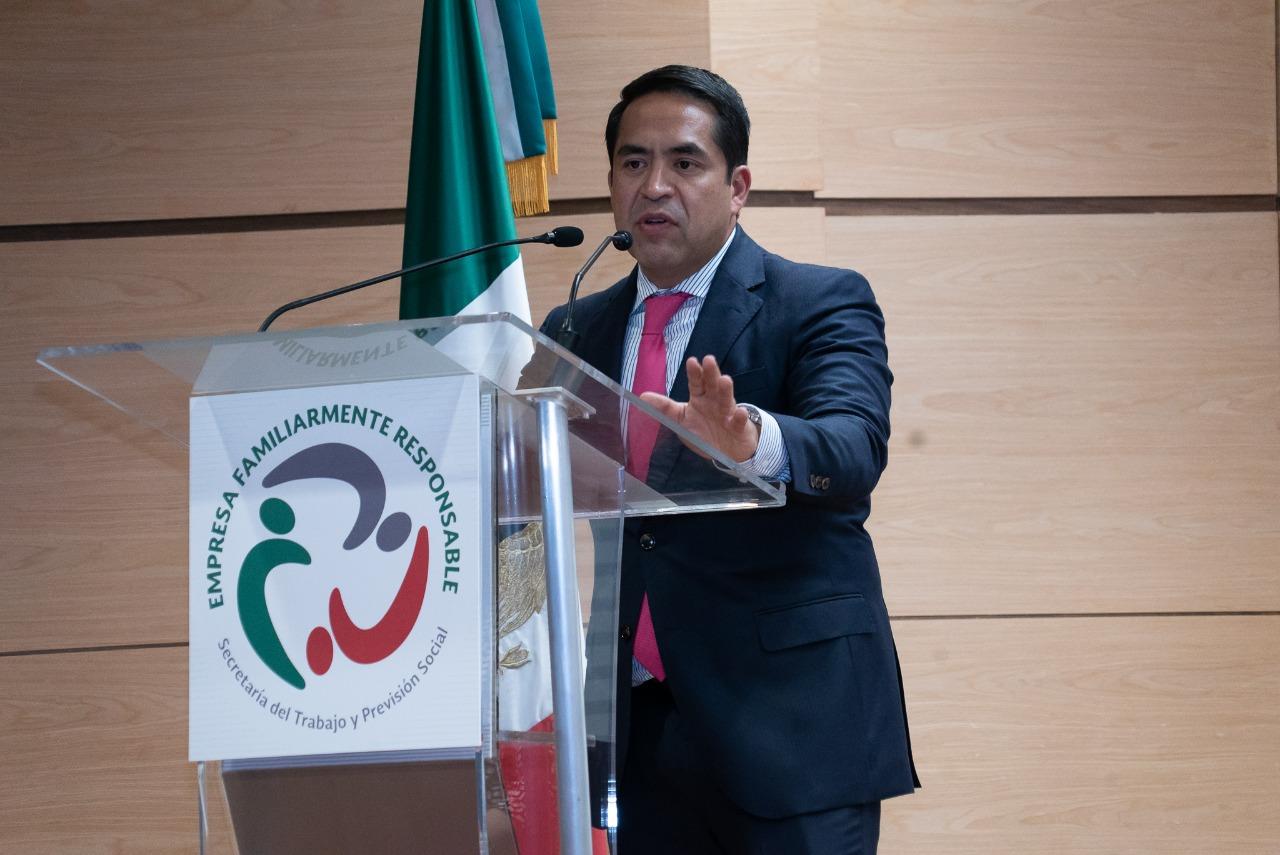 Premia Secretaría del Trabajo a empresas familiarmente responsables