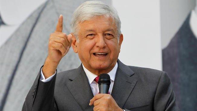 López Obrador pide apoyo de Fuerzas Armadas para crear Guardia Nacional