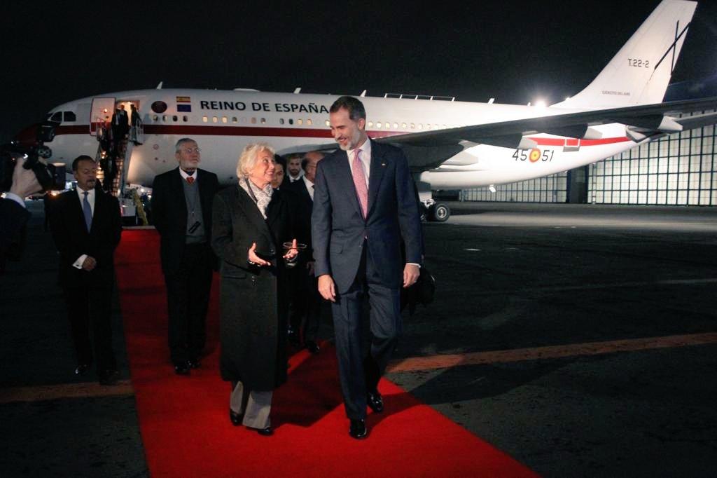 Arriba Rey de España a México para asistir a toma de posesión de López Obrador