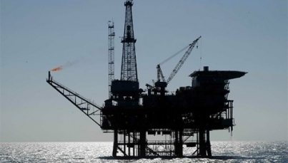 Precios del petróleo caen ante temor de nuevo exceso de oferta