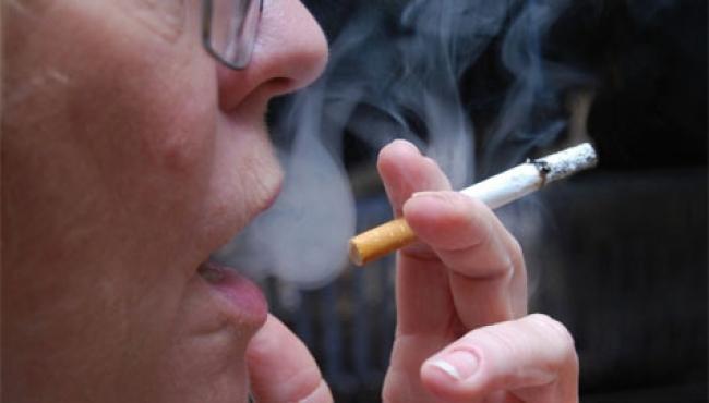Experto afirma que tabaquismo es primera causa de enfermedad pulmonar