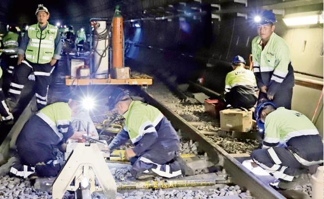Metro, con alto rezago pese a alza en el boleto