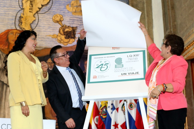 Presenta STC boleto alusivo al 45 Aniversario del Colegio de Bachilleres