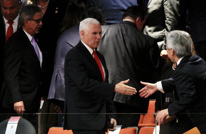 Vicepresidente de EU, Richard Pence, felicita a López Obrador a nombre de Donald Trump
